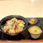 炙り焼 丼・どん - とん丼並盛(肉6枚)(800円)