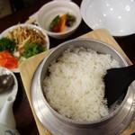 釜めしビクトリア - 鶏のソップがけ930円。