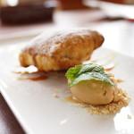 Restaurant Potager - 焼きたての林檎パイ/塩キャラメルアイス