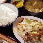 9993986 - 野菜炒め定食(半ライス)535円