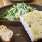 博多 なぎの木DINING - サラダ、フォカッチャ、野菜のキッシュ、マッシュポテト