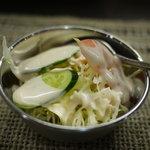 ラクシュミー - サラダ
