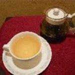 ピッツァ・チーズ料理の店 美砂家 - 紀州白茶 「白露」 上村茶園より