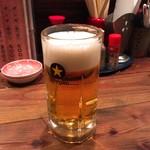 99943728 - 生ビール「サッポロ黒ラベル」@500円。