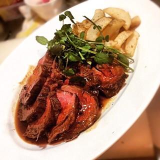 仙台黒毛和牛肉のタリアータ
