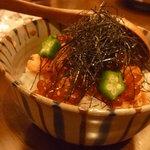 あかり - イクラと鮭丼。