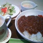 9996878 - キーマカレー、珈琲、サラダ、スープ