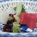 Katamachiyahiro - まぐろと剣先イカの造り