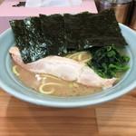すけちゃんラーメン - 料理写真:醤油ラーメン