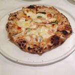 99969164 - 2018/12/22 燻製プローヴォラチーズのピッツァ・マルゲリータ