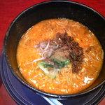 杏亭 - 麻辣坦坦麺800円