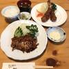 とんかつ石ばし - 料理写真:トンテキ1150円・エビフライ1900円・ご飯中200円・赤だし150円・タルタル多め無料・エビフライカットなし