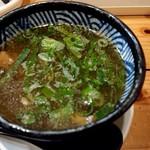 極麺 青二犀 - 「さばしおつけ麺」のつけ汁