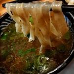 極麺 青二犀 - 「さばしおつけ麺」の麺とつけ汁の絡み