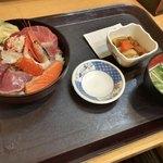 中央食堂 - 越後海鮮丼
