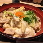 99974479 - ・玉子たっぷり炭火焼き親子丼