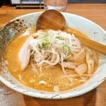 麺屋一樹 - 料理写真:九州麦味噌ラーメン
