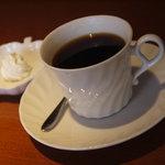 コーヒー農場 - ドリンク写真:ブレンド270円