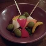 99981838 - 旬野菜なんでもピクルス(390円)