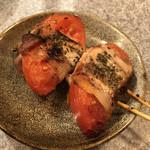 やきとん ひなた - 「肉巻きトマト」200円