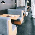 24/7 cafe apartment - 一番奥の更に右手に入った特等席!