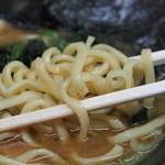 横濱家系ラーメン 勝鬨家 - 大橋多摩の麺