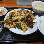 豆の家 - 四川回鍋肉定食