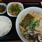大雅ラーメン - 大雅ラーメン ホルモン定食