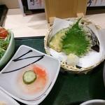 江戸前 びっくり寿司 - 雪御膳の天ぷらなど